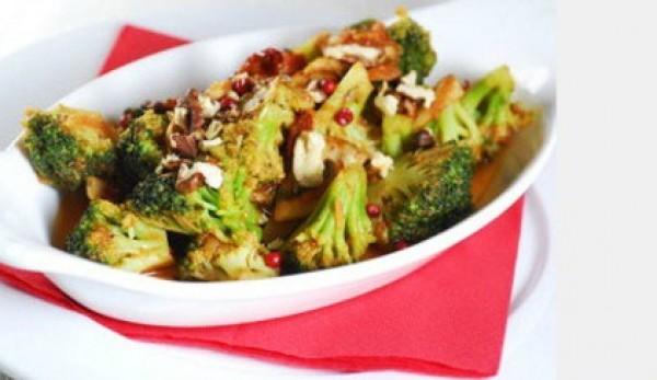 Рецепт                  Брокколи в томатном соусе: Постный рецепт