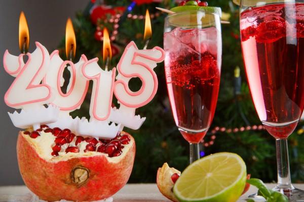 Рецепт                  Коктейли на Новый год: Гранатовый физз