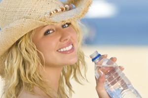 Если ты отправляешься в отпуск, захвати в дорогу привычную минеральную воду