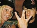 Бритни Спирс опубликовала архивное фото с Ди Каприо
