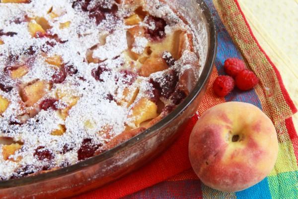 Рецепт                  Клафути с персиками и малиной
