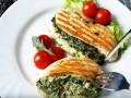 Как приготовить куриное филе со шпинатно-грибной начинкой