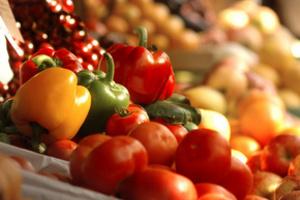 Сыроедение – одна из разновидностей вегетарианства, но с более жесткими требованиями