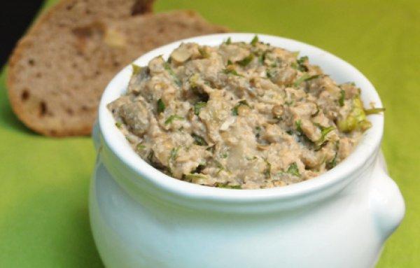Рецепт                  Закуска из баклажанов с орехами и зеленью