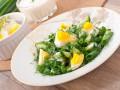 Салат из кабачков, яиц и зелени
