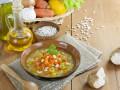 Летний овощной суп с белой фасолью