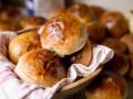 Пышные кефирные булочки с яичной начинкой