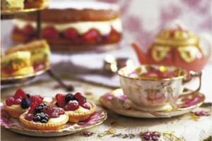 Тарталетки с фруктами будут хорошо сочетаться с черным чаем