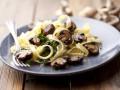 Как приготовить пасту с грибами (видео)