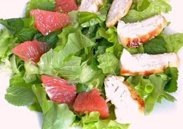 Рецепт                  Салат с курицей и грейпфрутом