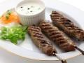 Люля-кебаб с йогуртовым соусом