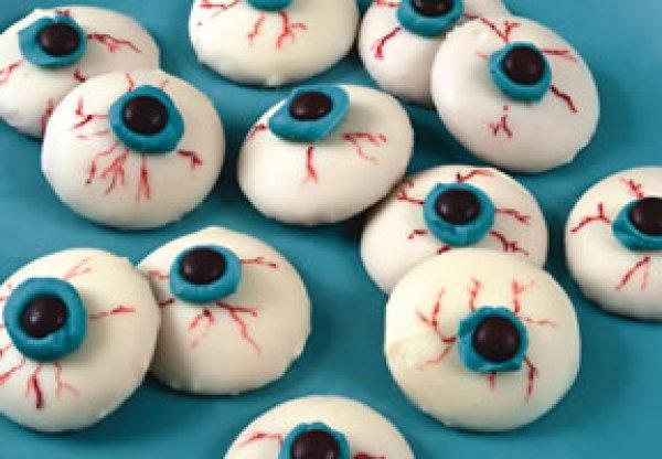 Рецепт                  Пирожные Глаза вампира