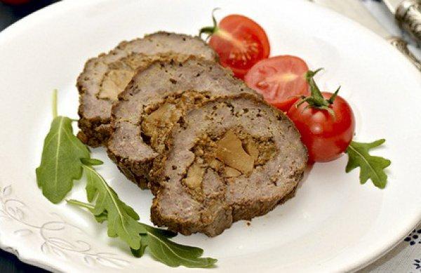 Рецепт                  Мясной рулет с белыми грибами