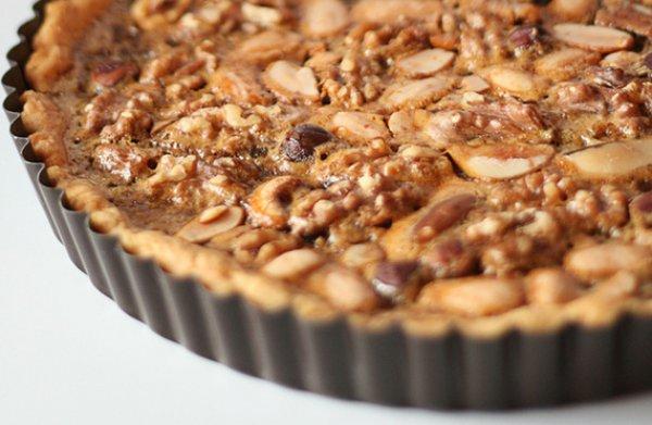 Рецепт                  Ореховый пирог с медом