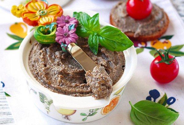 Рецепт                  Закуска из баклажанов и грибов