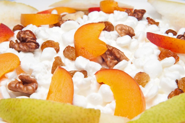 Рецепт                  Сладкий творог с фруктами на завтрак