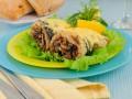 Рыбный рулет с грибами и сыром