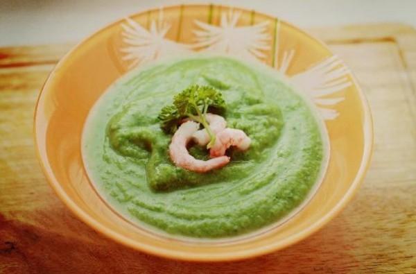 Рецепт                  Крем-суп из брокколи со шпинатом и креветками