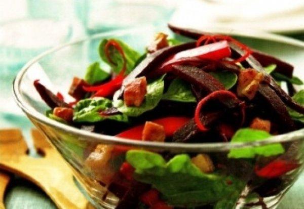 Рецепт                  Теплый салат из свеклы с беконом