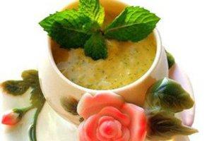 Десертный суп из манго