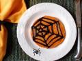 Рецепт на Хэллоуин: Тыквенные оладьи Паутинка