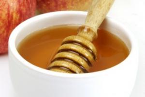 Натуральный мед имеет лечебные свойства