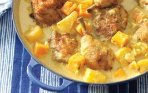 Рецепт                  Курица с ананасами в сметанном соусе