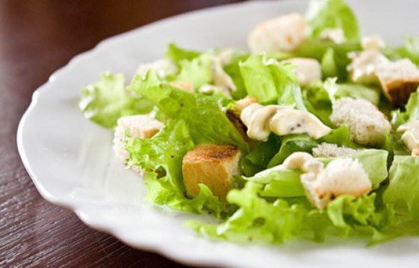 Рецепт                  Салат с крутонами