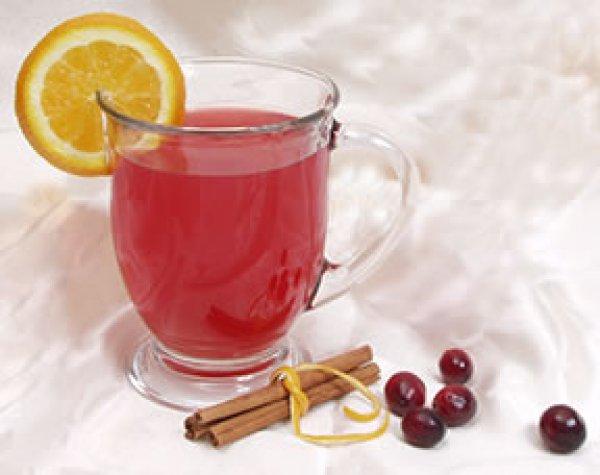 Клюквенный чай с корицей и апельсином
