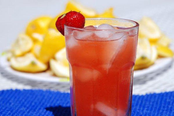 Рецепт                  Домашний лимонад с клубникой