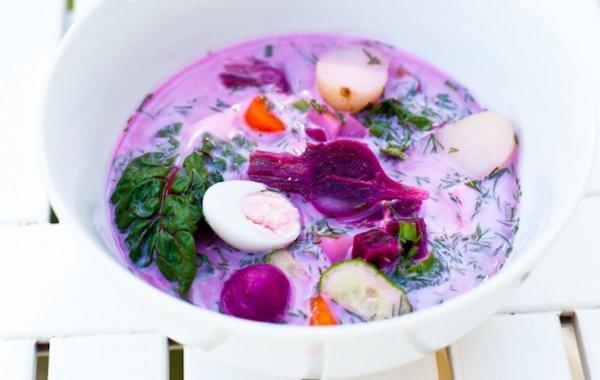 Холодник из беби-овощей с перепелиными яйцами