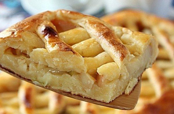 Рецепт                  Творожный пирог с яблоками и корицей