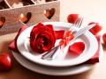 День святого Валентина: сервировка в красных тонах