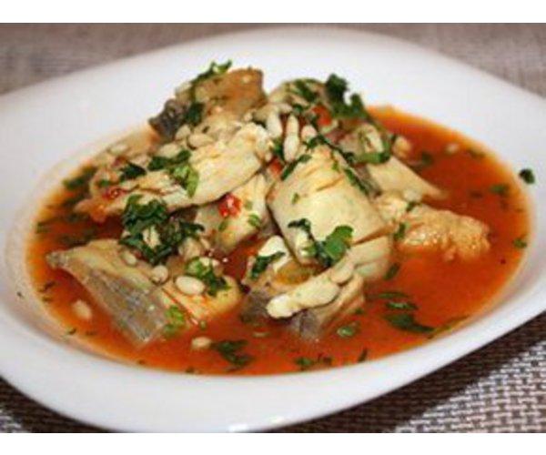 Рецепт                  Треска в томатном соусе с овощами