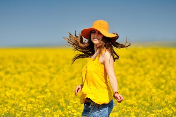 Носи летом одежду из натуральных тканей, которая не сковывает твоих движений
