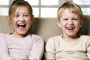 Родственные силы притяжения между братом и сестрой