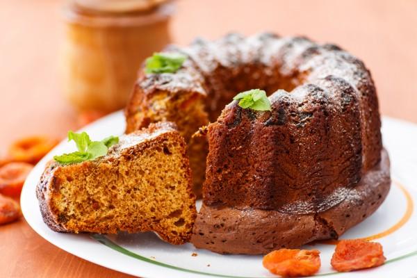 Рецепт                  Медовый кекс с курагой