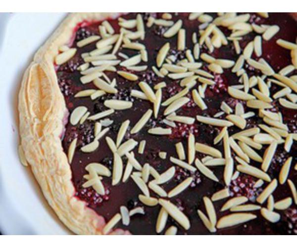 Рецепт                  Легкий пирог с ежевикой
