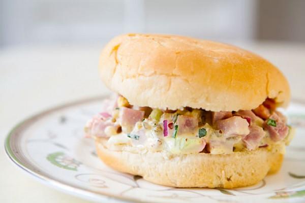 Рецепт                  Сэндвич с салатом из ветчины