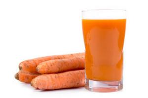 Овощные соки очень полезны, но не пейте их литрами - это не принесет дополнительной пользы