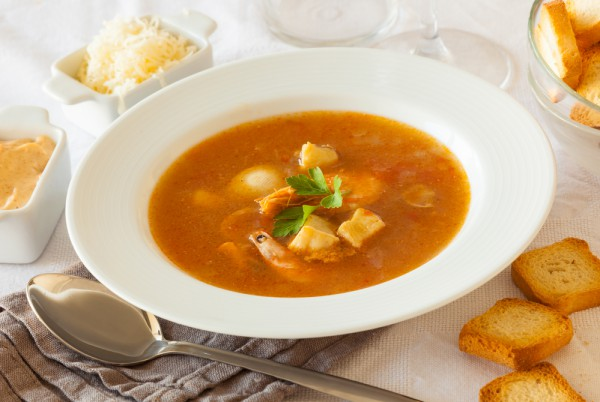Зимний суп с имбирем и морепродуктами