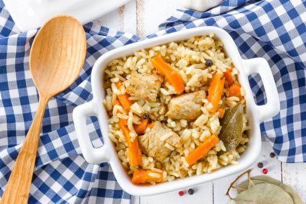 Рецепт                  Плов с курицей и морковью