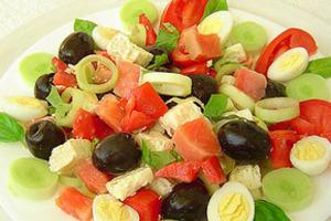 В b салат/b идут. какой салат можно сделать из картошки и майонеза.