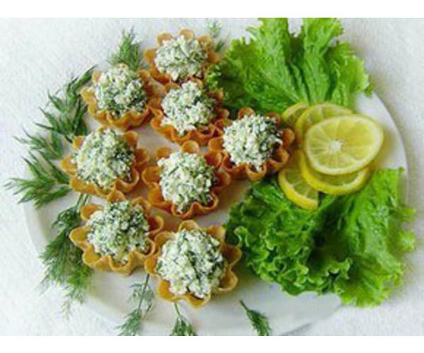 Рецепт                  Тарталетки с творогом и чесноком