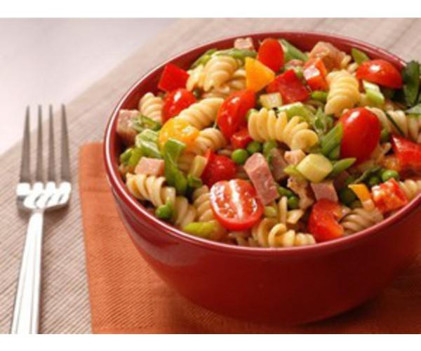 Рецепт                  Салат с ветчиной, сыром и овощами