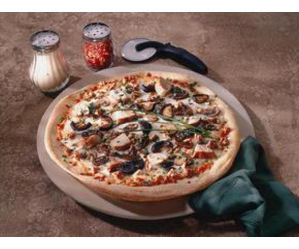 Рецепт                  Пицца с курицей и грибами
