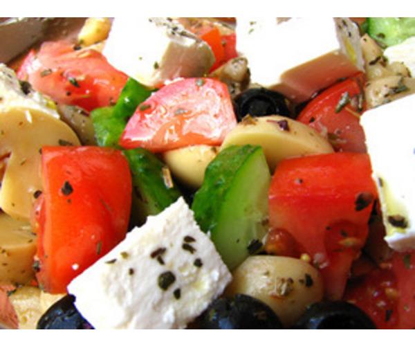 Рецепт                  Овощной салат с шампиньонами и фетой
