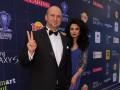 Потап на вручении премии RU.TV снял штаны и поблагодарил Россию