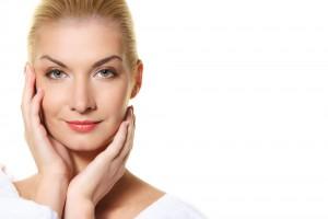 Гимнастика для лица поможет подтянуть кожу и избавиться от морщин