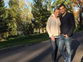 Константин Евтушенко с беременной женой посетили Межигорье